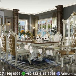 Set Kursi Makan Klasik
