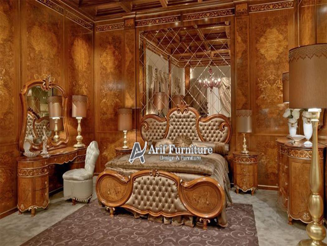 ranjang tempat tidur pengantin